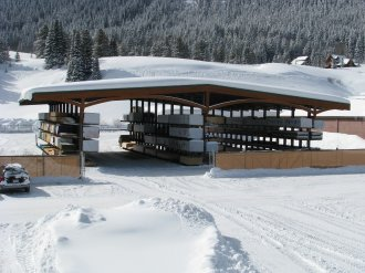 Cantilever Rack-Supported Drive-Thru Building (with Large Snow Load Design)